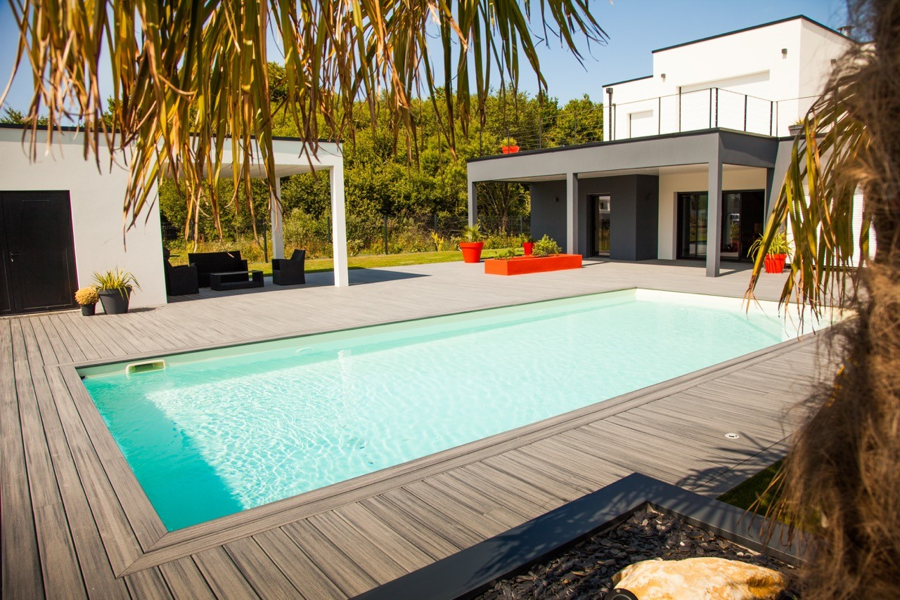 terrasse composite tour de piscine luc rautureau. Black Bedroom Furniture Sets. Home Design Ideas
